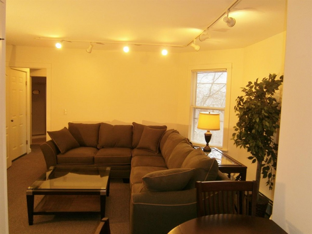 Ithaca Student Rentals 103 Highland Place_2