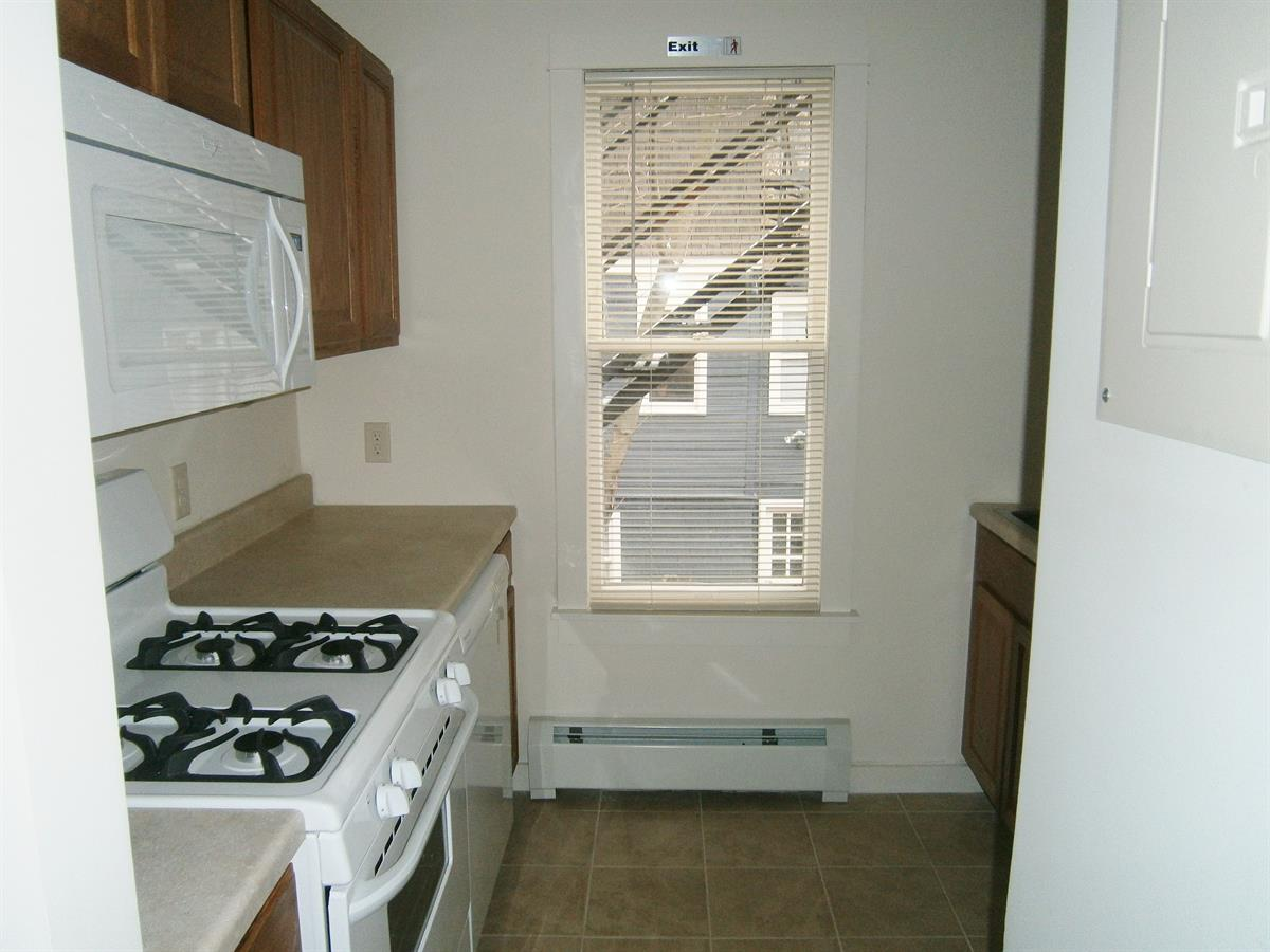 Ithaca renting 103 Highland Place
