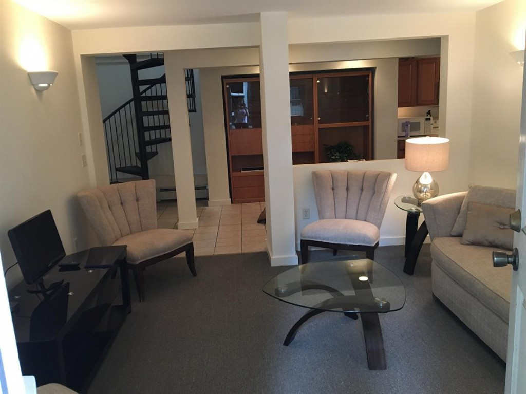 student houses to rent near Cornell 123 Highland Place Apartment 1
